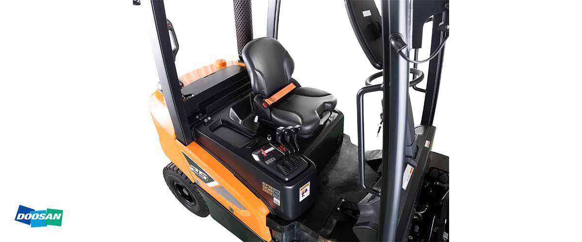 REMA Hebetechnik | Doosan Diesel Stapler Serie 9 4.000 bis 5.500 kg